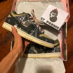 COPY - Travis Scott x Nike SB Dunk Low ( Special …
